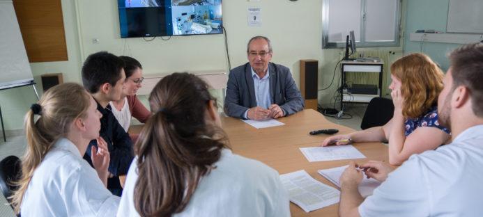 Attestation universitaire : «Prévenir les conflits entre les professionnels de santé et avec les patients : formation à une communication efficace»
