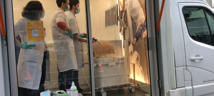 VirtaMed: laboratoire mobile de simulation Angers