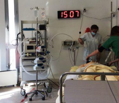 Réanimation Arrêt Cardio Respiratoire en milieu Cardiologique